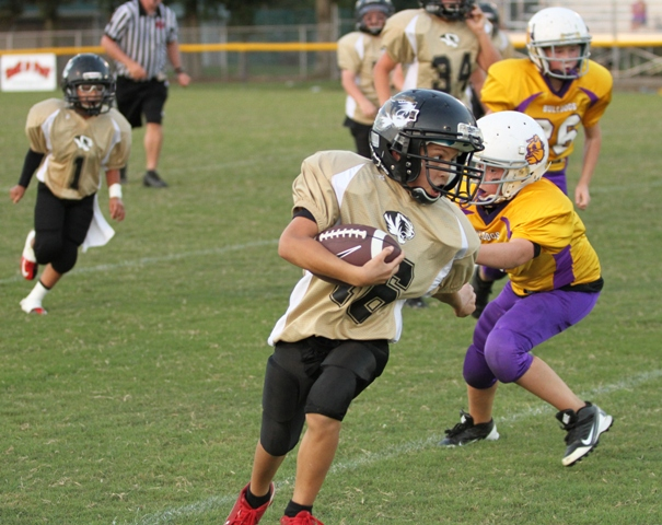 Desmond Nokes ran effectively in the Tigers win against Fentress County Saturday.