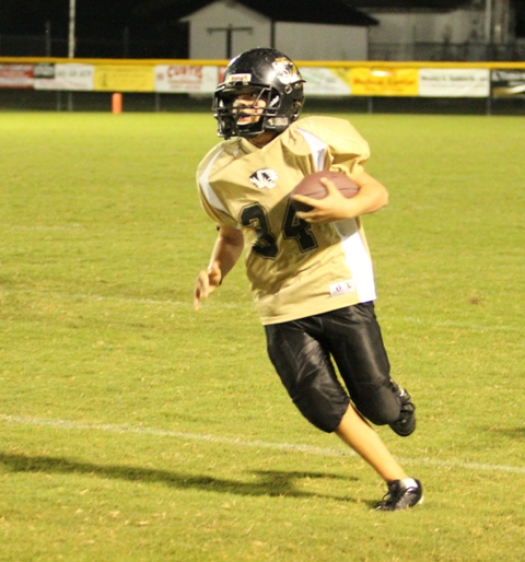 Kobie Snipes scored a touchdown for DeKalb last Saturday in the win over Fentress County.