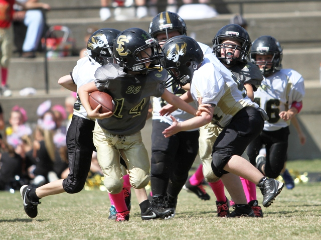 Ari White takes down a Smith County running back.