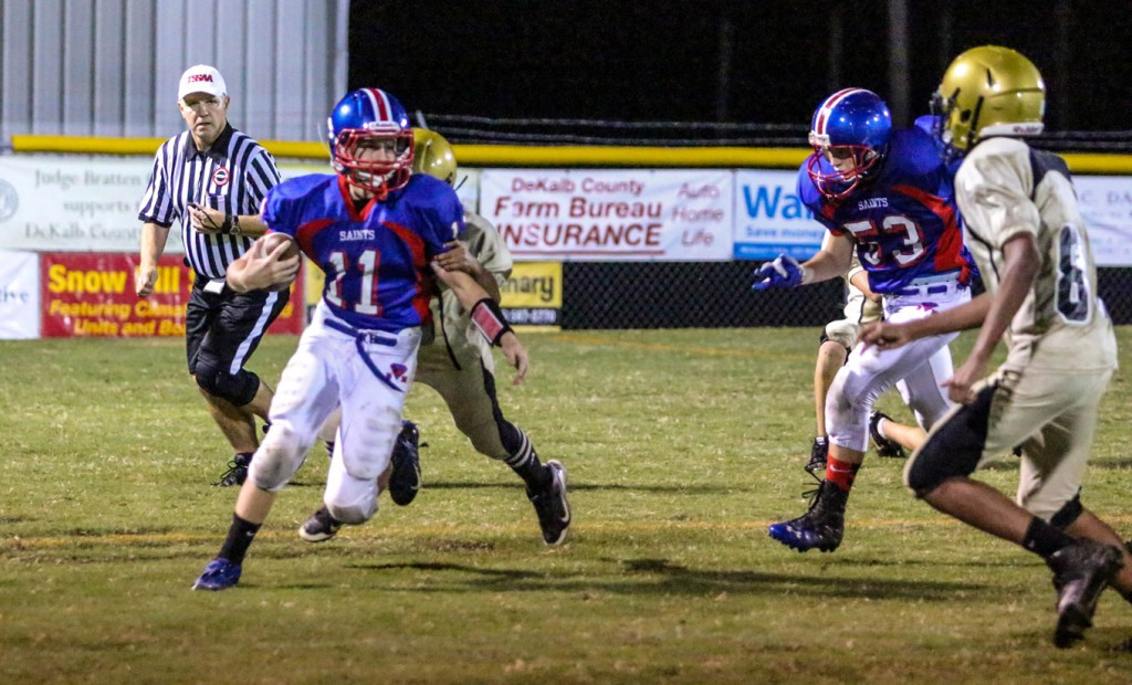 Tyler Cantrell scrambling for yards