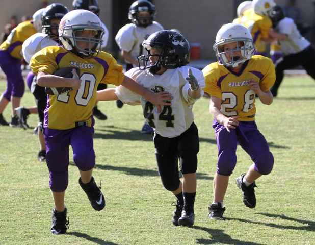 Ryan Thompson on defense for the Tigers.