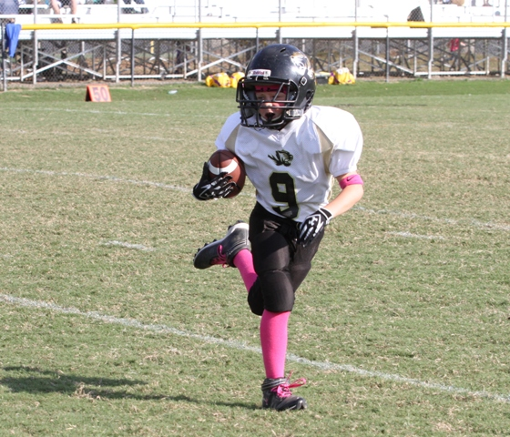 Conner Close had 11 yards rushing for the Tigers in their win over the Bulldogs Saturday.