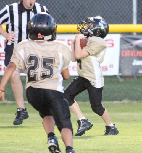 Tyler Estes grabbed an interception in the Tigers' game vs. Smith County.