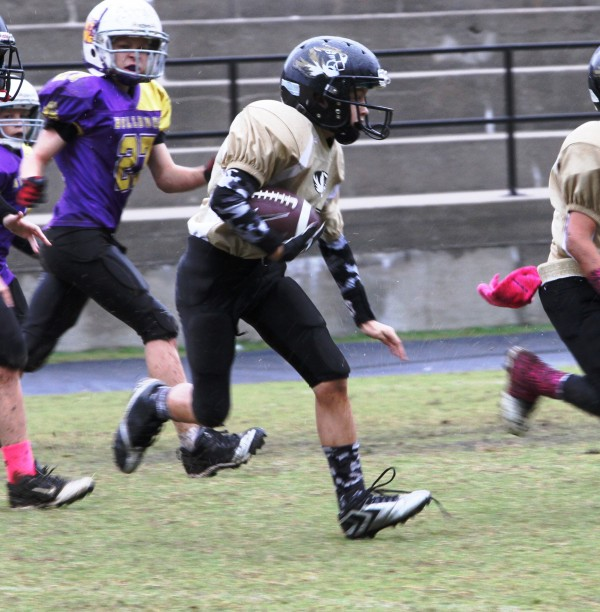 Desmond Nokes had 85 yards and a touchdown in the Tigers' win against Fentress County in Carthage Saturday.