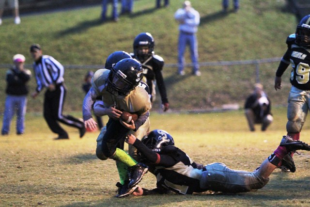 Silas Cross rushed for 2 touchdowns and 119 yards in the Tigers Championship game.
